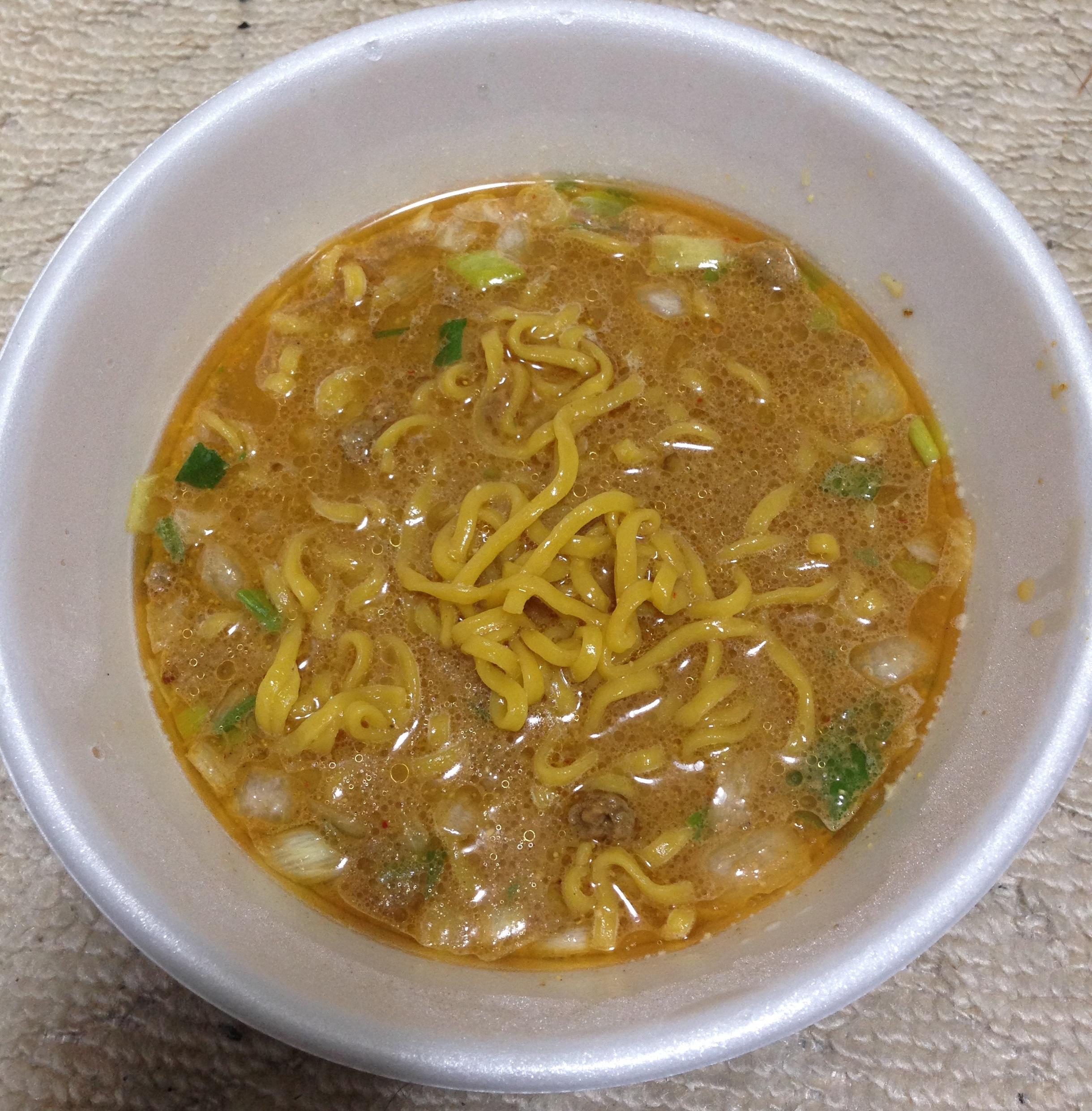 セブン すみれ カップ麺